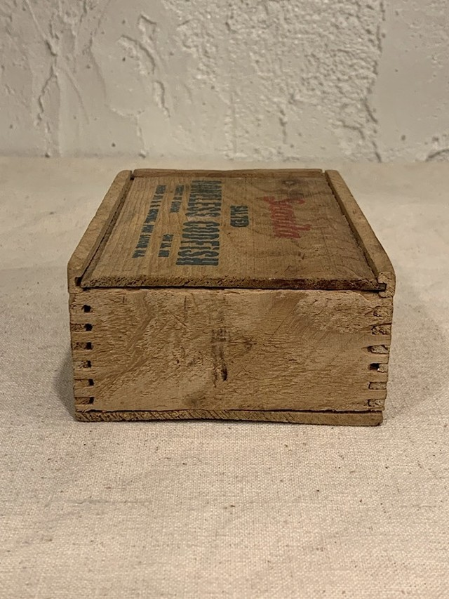 "FISH BOX  "" SEA VITA """