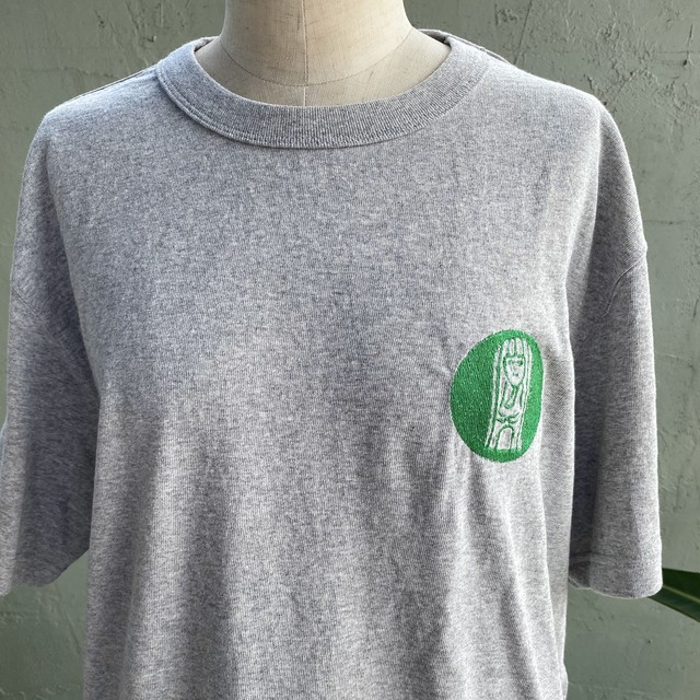 【巨匠動物園】ペチーノさん・ワンポイント刺繍Tシャツ(グレー)