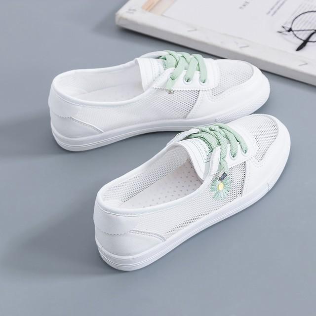 【シューズ】継続的な更新 今夏新作合わせやすい韓国風透かし彫りメッシュファッションスニーカー43460617