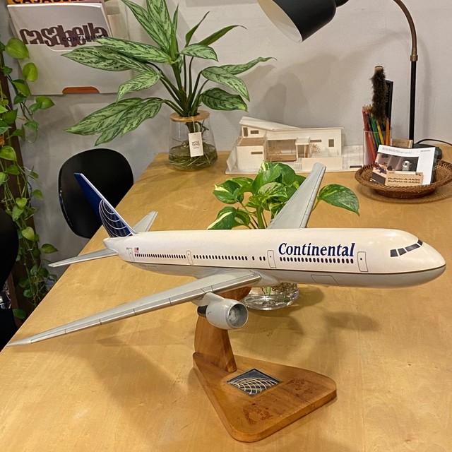 USA コンチネンタル航空 ボーイング 737-800 N76059 大型木製模型 モックアップ 全長82cm 難有