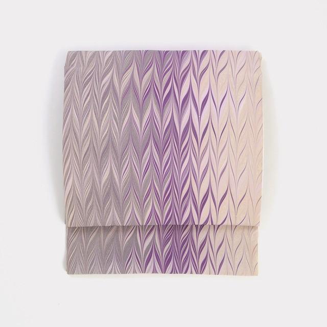 正絹名古屋帯 矢羽根 紫×銀色《仕立て込み》