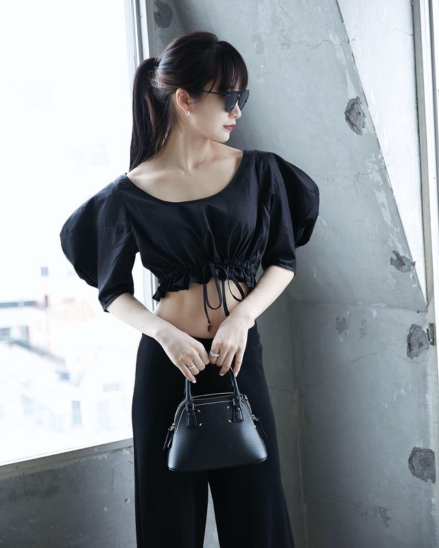 PUFF HIGH WAIST BLOUSE