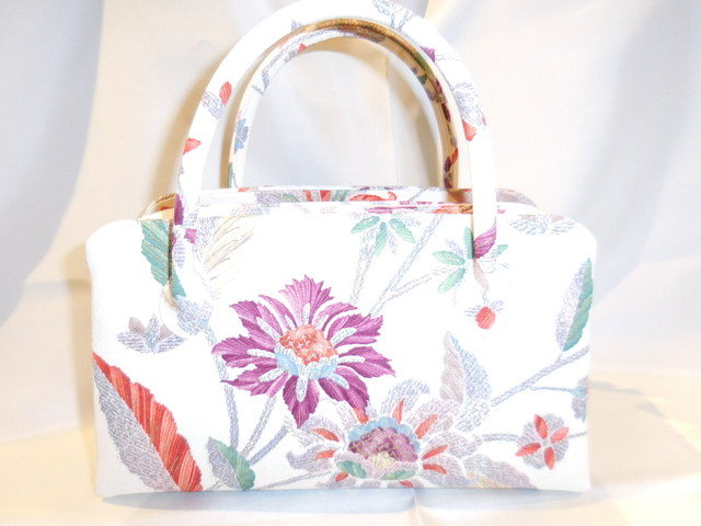 天まち花柄和装バック(小) Antiques kimono fabric bag  (made in Japan)