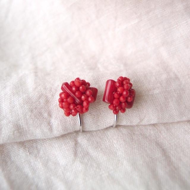 【天然石の刺繍イヤリング】red coral mix(S)