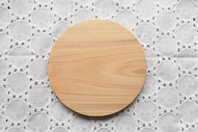 木のコースター(ヒノキ)
