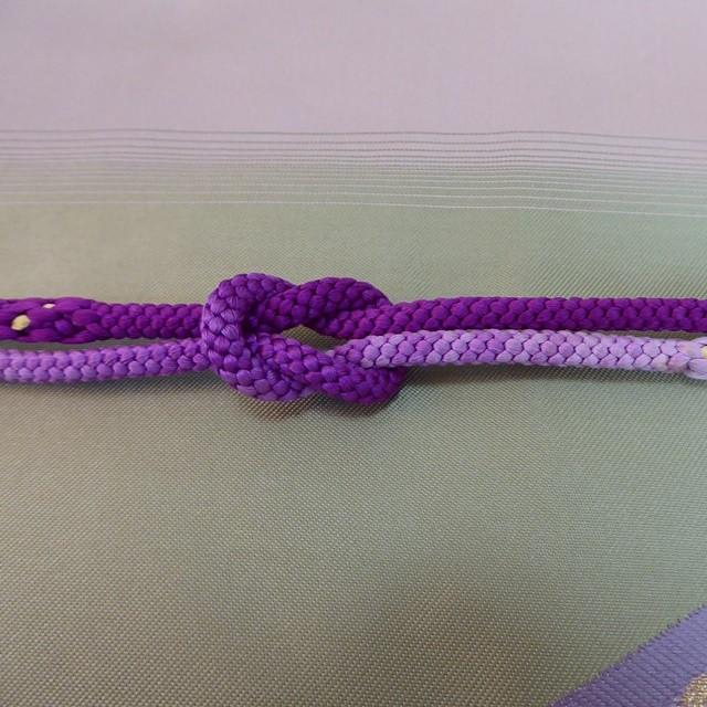 帯締め 紫のグラデーション