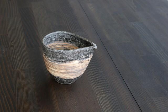 【SP3K22-12】『信楽の土』『注器』     『荒刷毛』       *落ち着いた徳利 土のぬくもり 信楽焼の酒器