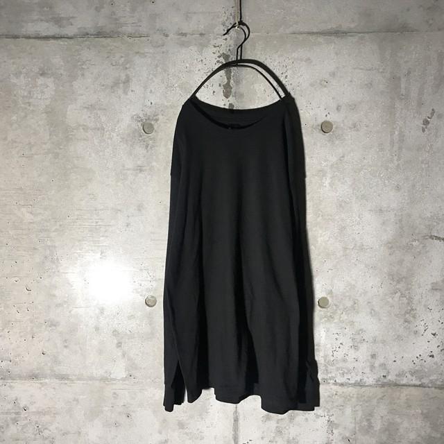 [obey] side designed long T-shirt