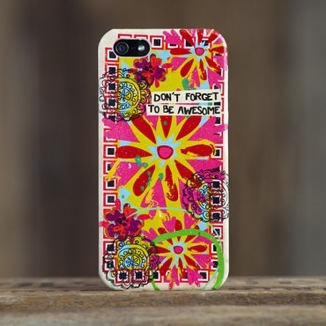 Be Awesome Kaleidoscope iPhone 5 Cover