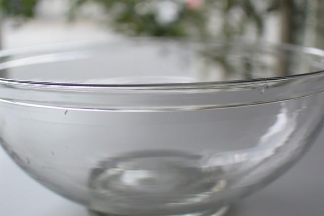 折り曲げ縁のガラスボウル 大サイズ