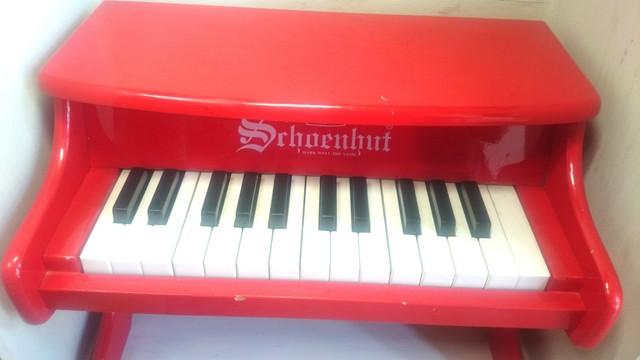 〔中古〕シェーンハット 25鍵トイピアノ(赤)