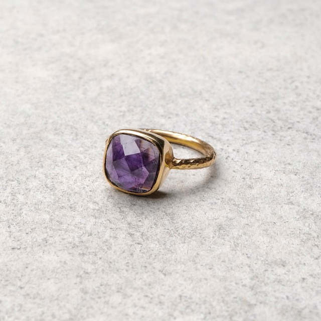 SINGLE STONE NON-ADJUSTABLE RING 028