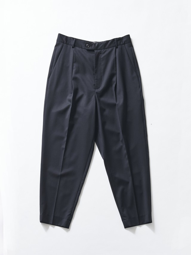 "Lownn ""Neo"" Pleated Wide Trousers Black NEO-887-601-5730"