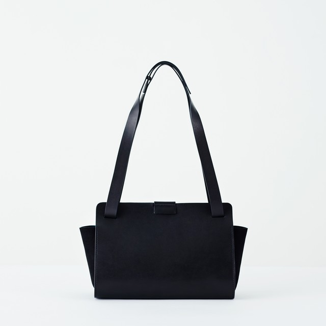 ke shi ki  (ケシキ)  Flat bag (レザーバッグ)