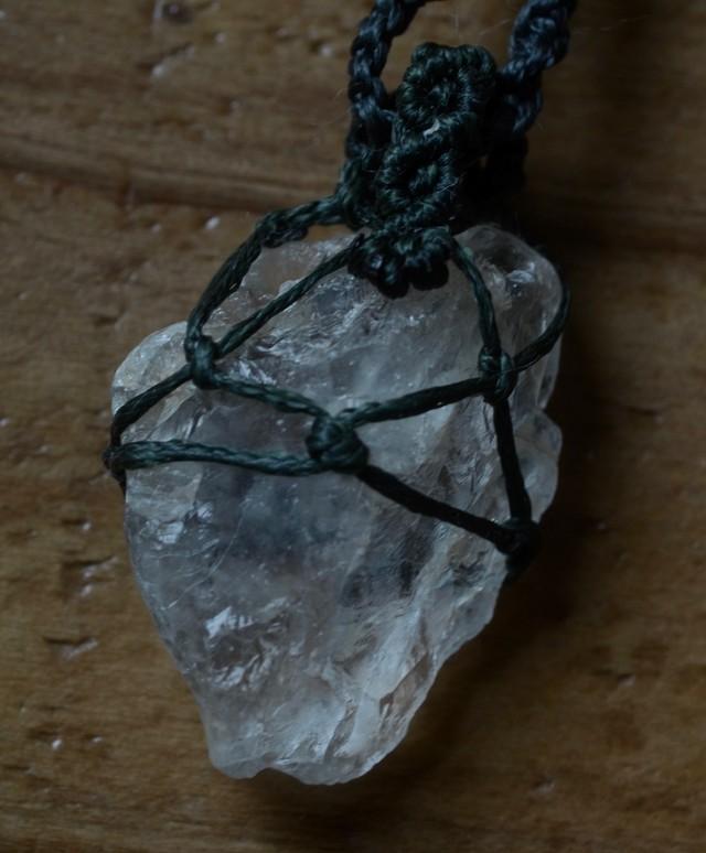 ペタライト原石マクラメペンダント(CASA BLESSING®︎)petalt-0012