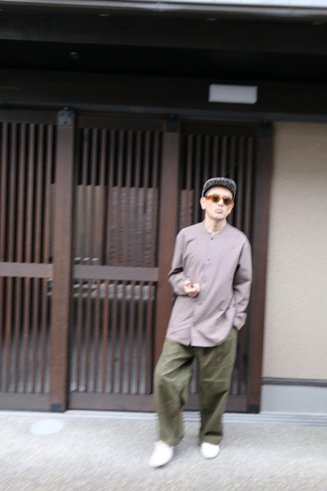 THE HINOKI オーガニックコットン ストライプのスタンドアップカラードレス