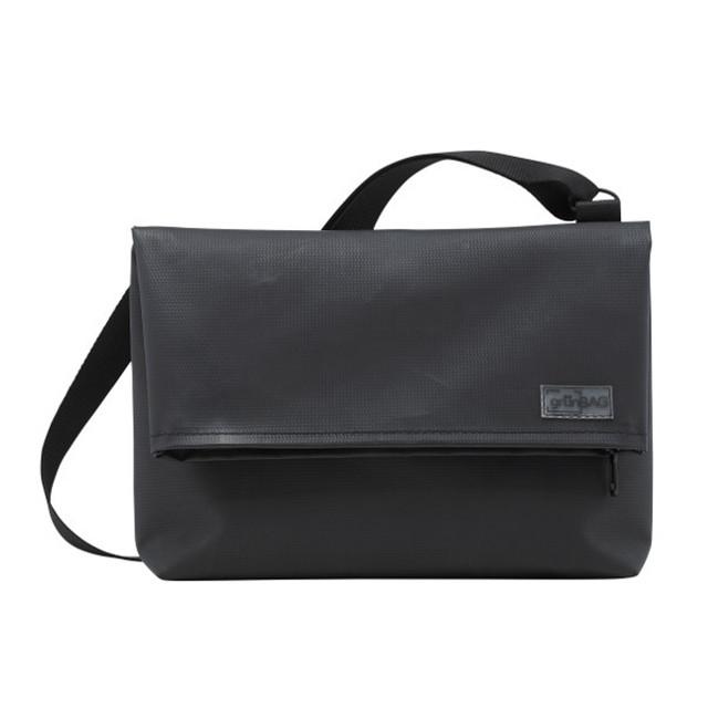 Shoulder A-Bag Small Green