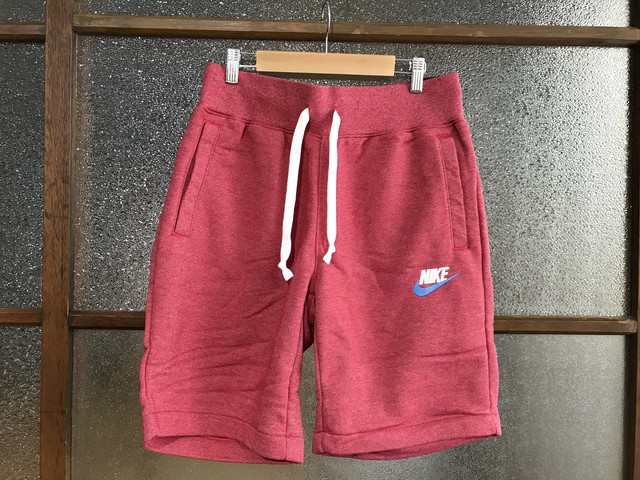 NIKE HERITAGE SHORT PANTS (GYM RED/HEATHER)