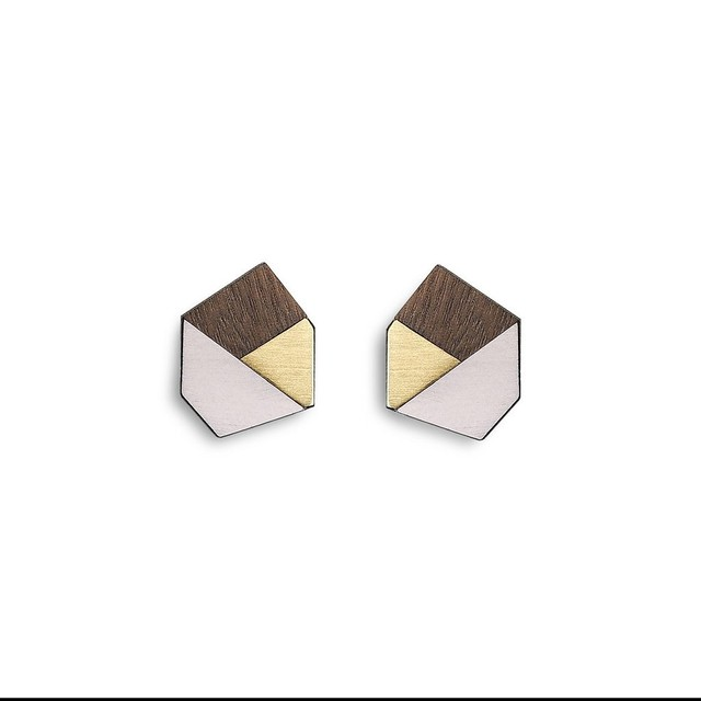 Formica Gwen Studs | 結婚記念日プレゼント | ピアス | 木婚式 | 銅婚式 | 鋼婚式 |