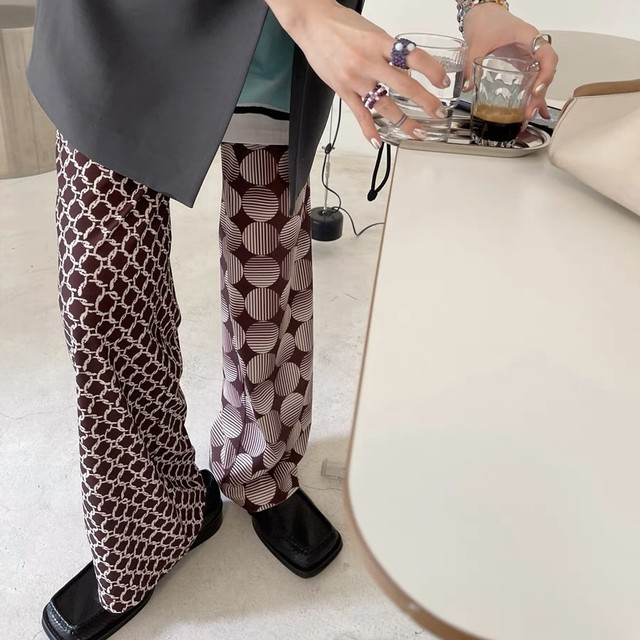 different pattern pants