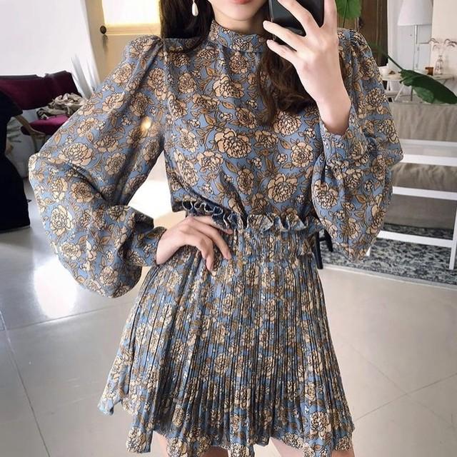フリルデザイン 花柄ブラウス ミニスカート 2set 2色 B2870