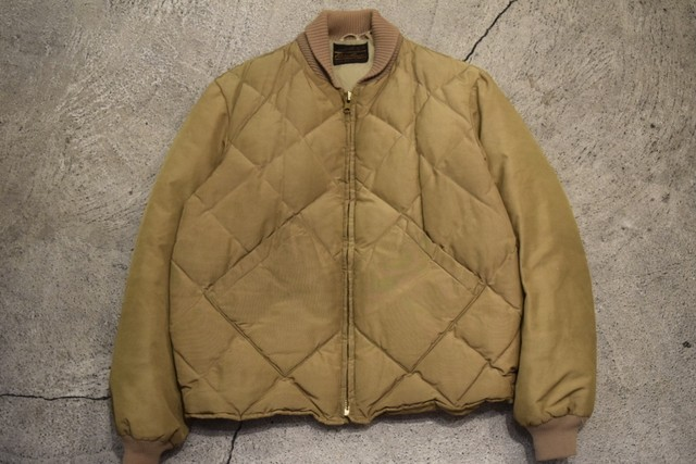 USED 70s Eddie Bauer Skyliner -Large D0790
