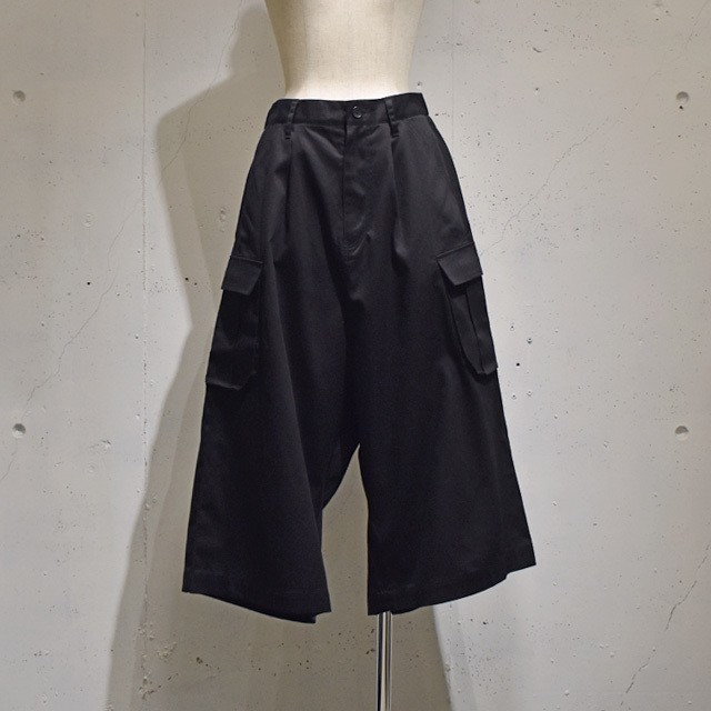 -niitu- / Wide Cargo Pants / Black