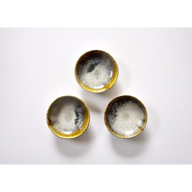 うつわ屋まる【豆皿- 黒糠 -】hand made / 笠間焼 / japan 豆皿 小皿
