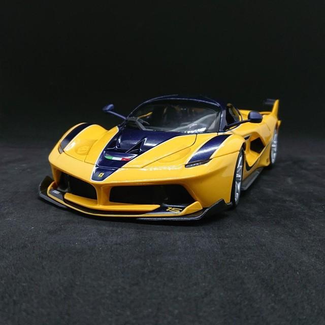 Bburagoブラーゴ 1:24 フェラーリ R&P ラ フェラーリ No.200-470