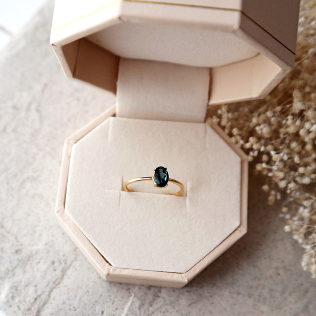 【K10】宝石質エメラルドの一粒リング*5月誕生石