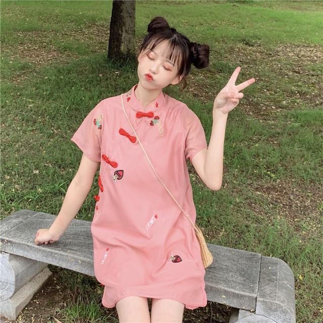 チャイナ風ドレス ショートワンピース 大きいサイズ S M L パーティー 同窓会 デート 普段着 通勤 可愛い スウィート 気質良い スタンドネック 半袖 ピンク 刺繍入り Aライン