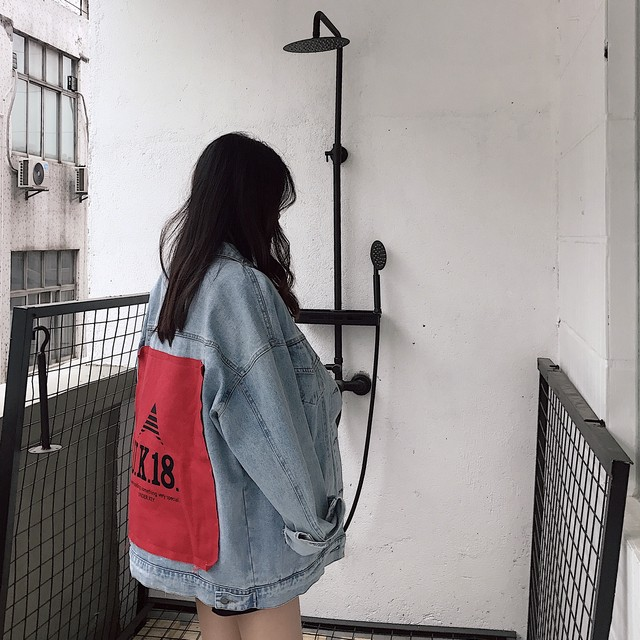 【outer】配色アルファベット切り替えルーズ合わせやすいデニムジャケット