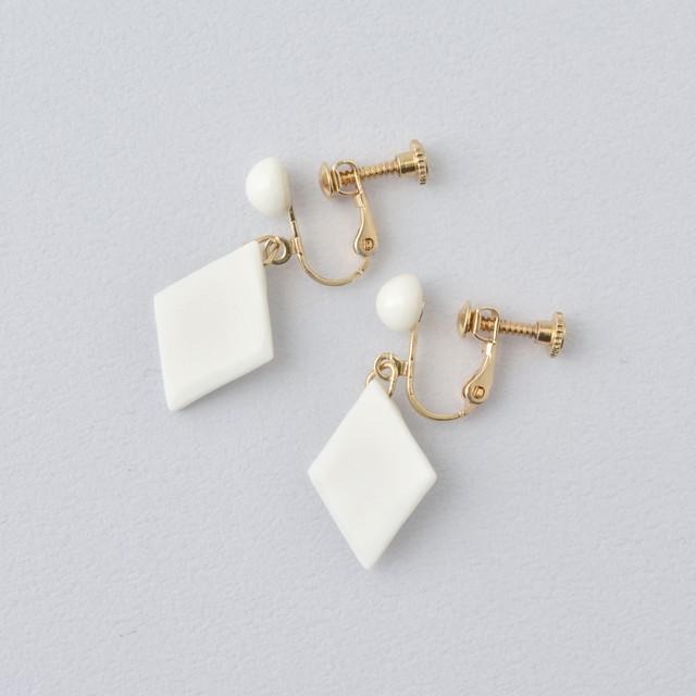 HatoKumo / 白磁のつぶ+サークル・イヤリング