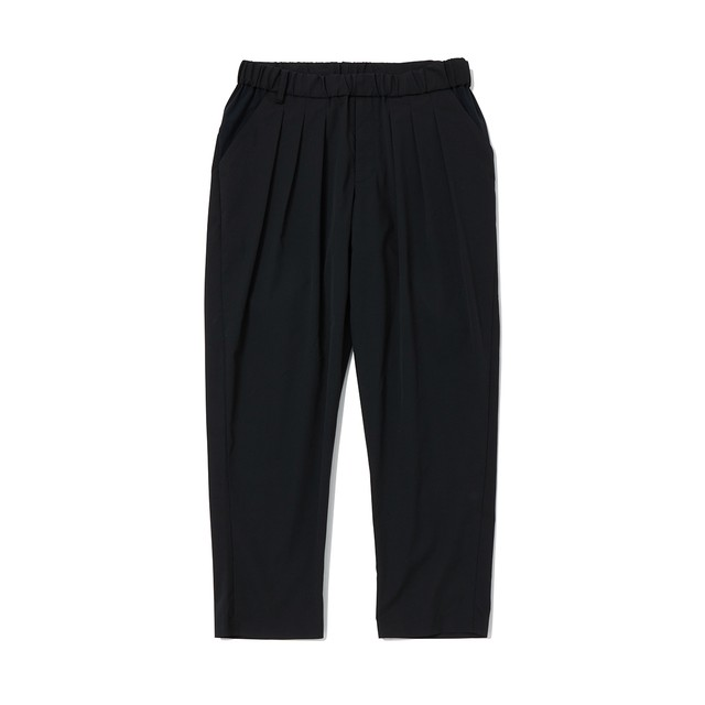 SOLOTEX 3 TUCKED TAPERED PANTS - BLACK