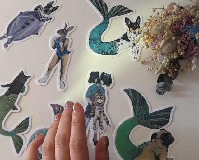 【PergamoPaperGoods】 Japanese chin girl with Kitty sticker