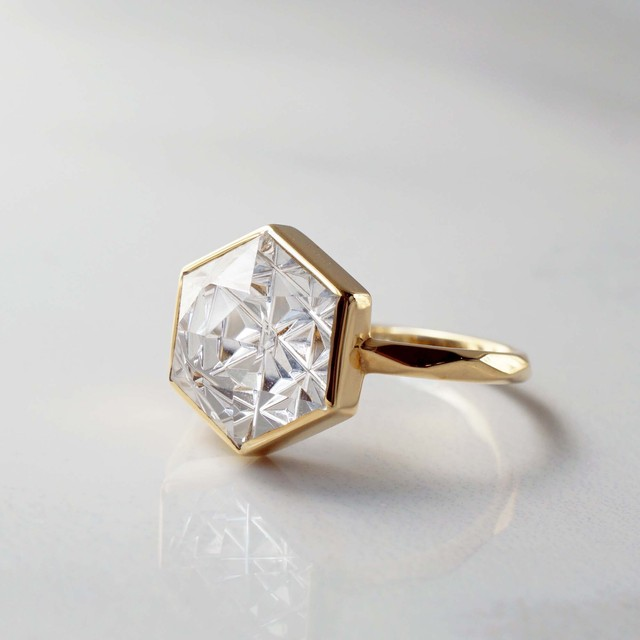 Quartz KIRIKO Ring (Hexagon 10)