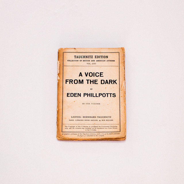 BOOK|『A VOICE FROM THE DARK』EDEN PHILLPOTTS