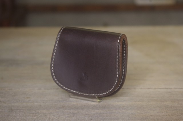 coin case (D.BROWN)