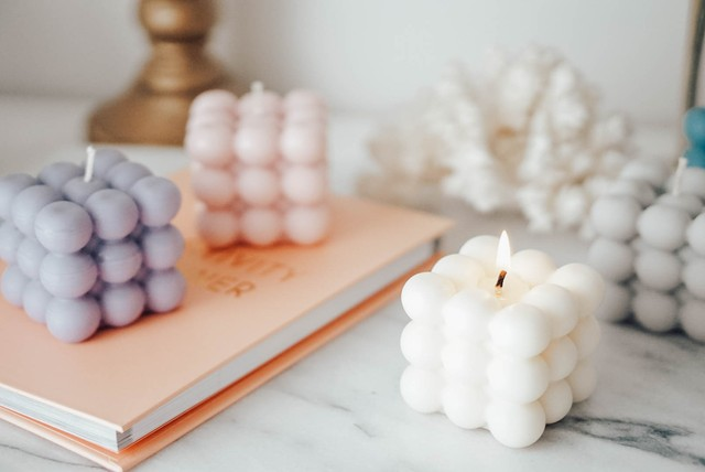Bubble soy candle