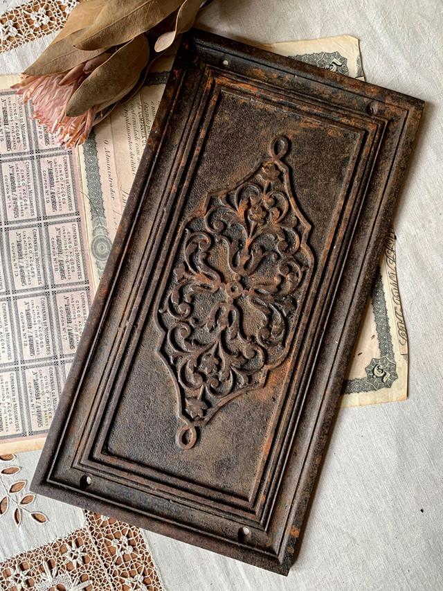 アイアンプレート 鉄のプレート 暖炉装飾