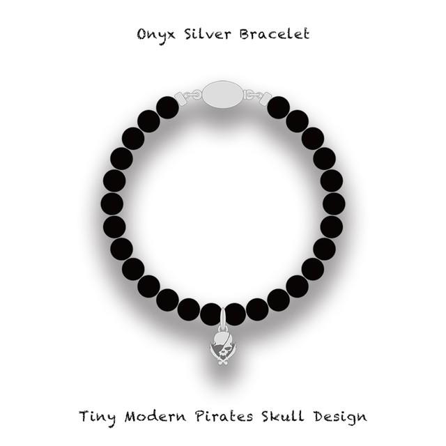 Onyx Silver Bracelet / Tiny Modern Pirates Skull Design