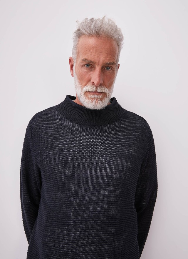 LINEN SWEATER WITH PERKINS COLLAR