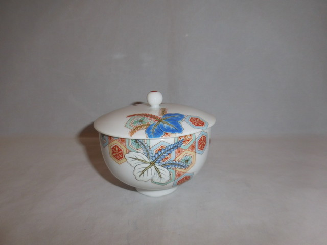 赤絵香合 porcelain incense box(No6)