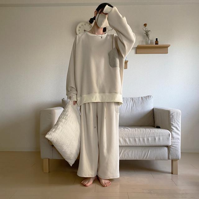 Tuck-Pants (roomwear)