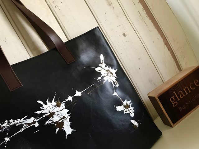 black leather bag  / eagle・wave
