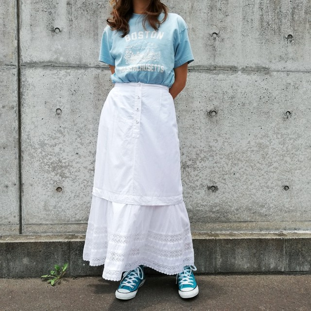 ne Quittez pas(FINE LAWN LACE LONG SKIRT)