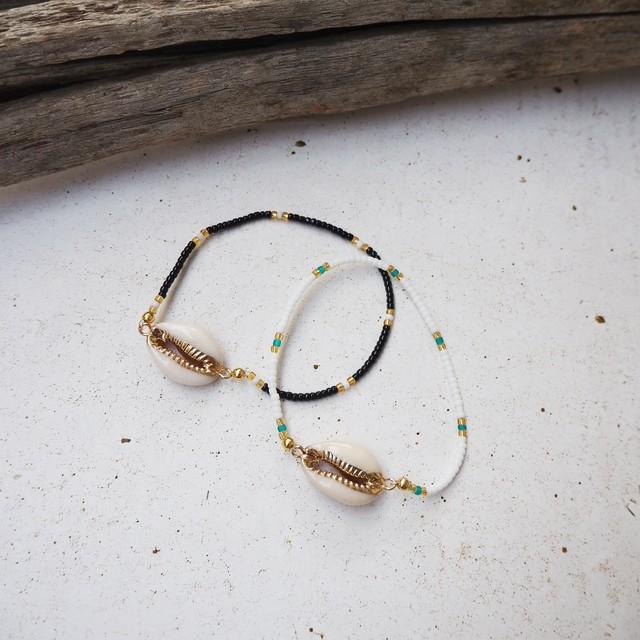 Shell Beads Bracelet《BLK/WHT》19385141