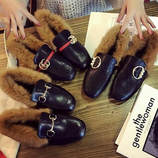 レディース ファー付きローファー ローヒール ラウンドトゥ  ビット ぺたんこ 歩きやすい 履きやすい 痛くない 秋 冬 韓国ファッション / Wild plus velvet warm small leather shoes (DTC-560180858916)