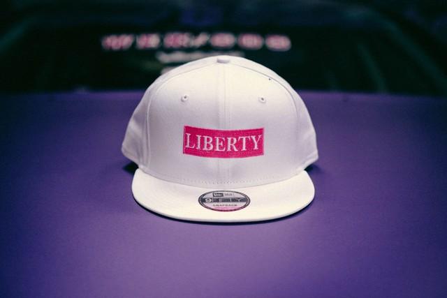 LIBERTY CAP NEWERA ホワイト×ピンク