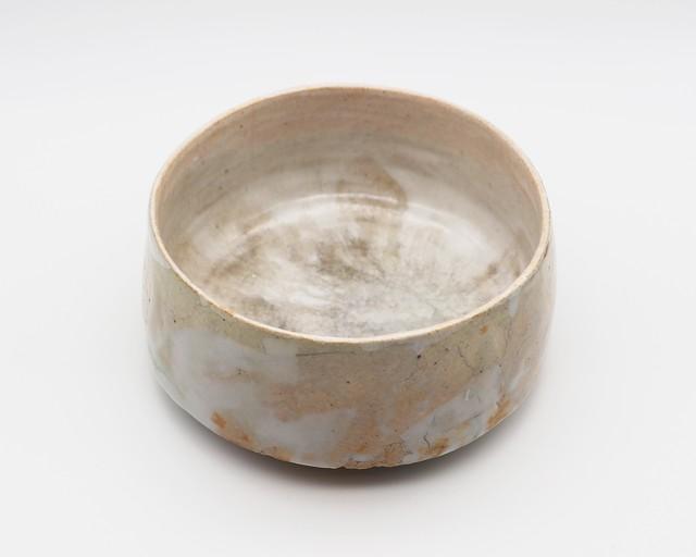 陽 ( Hinata ) 時の輪郭 ー白ー 茶碗 1